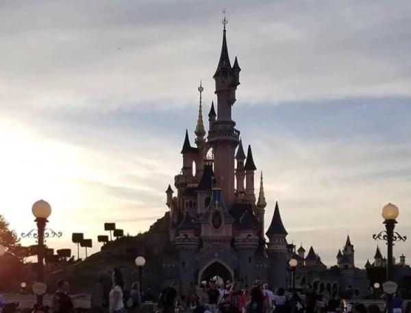 Disneyland Paris Lineberty