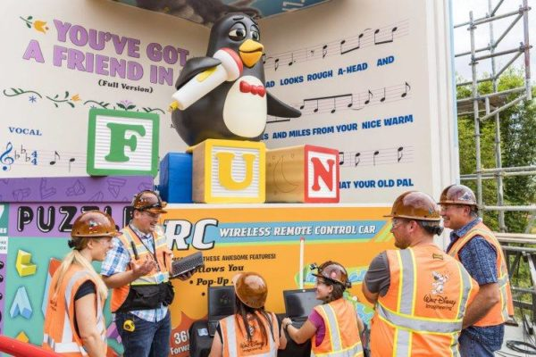 Annual Passholder's Bring-A-Friend Discount Is Now Available! 1