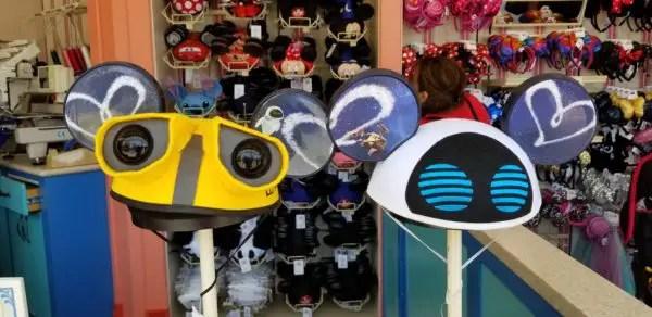 the latest 6faba 35f23 Wall-E Mickey Mouse Ears