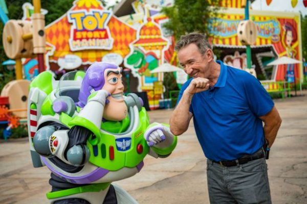 VIDEO: Tim Allen Spends Time At Toy Story Land 1