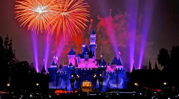 Must do Disneyland Summer Bucket List 4