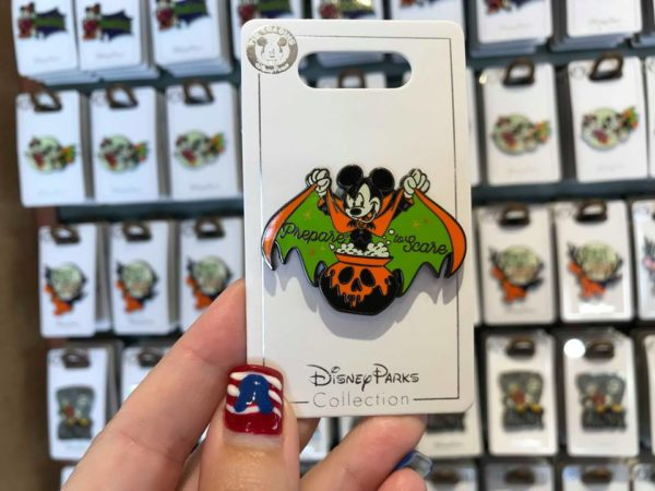 Halloween Disney Trading Pins