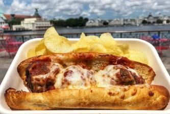 Boardwalk resort pizza window