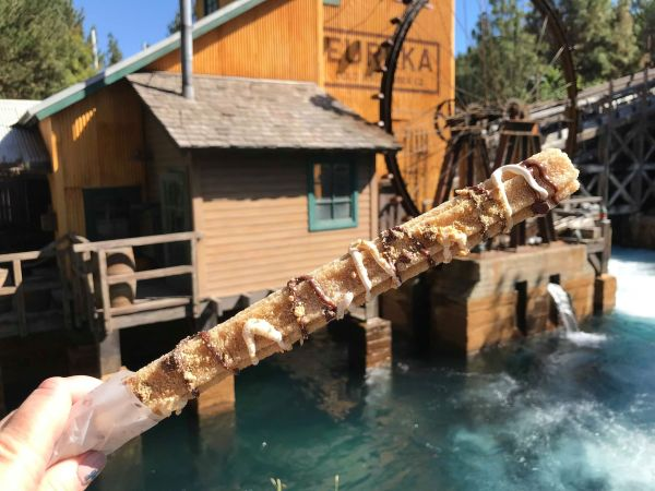 Check Out These Incredible S'mores Churros At Disneyland 1