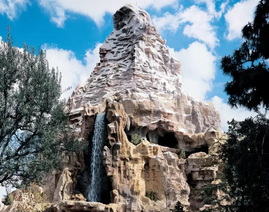 Disneyland Resorts Refurbishments for November 2018