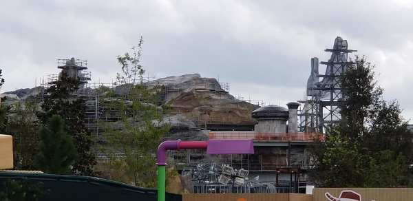 Construction Update for Star Wars: Galaxy Edge!