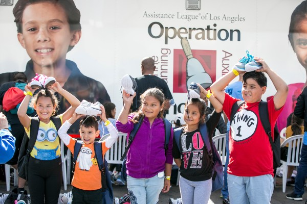 """Universal Studios Hollywood's 14th annual """"Day of Giving"""" Event 2"""