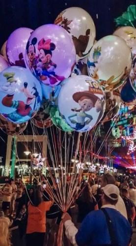 New Holiday Balloons Make Debut at Disney's Hollywood Studios 1