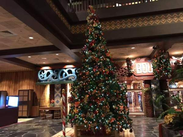 Behold the Wonder of the Holidays at the Polynesian Resort 1