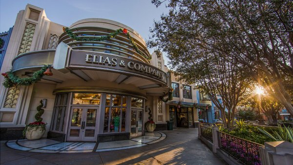 10 Essential Shopping Destinations at the Disneyland Resort