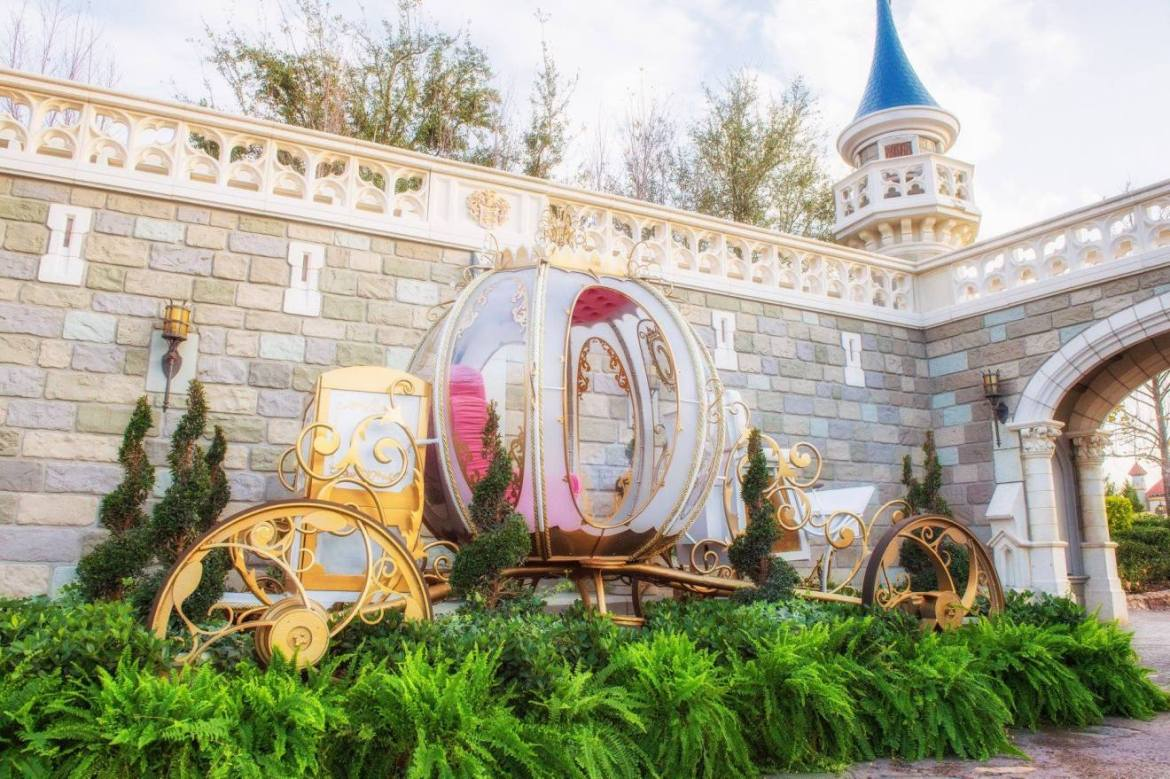 Cinderella Coach Photo-op Available for a Very Limited Time
