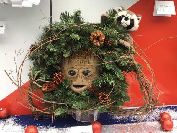 Disney Resorts Wreath Decorating Contest - Cast Member Creations