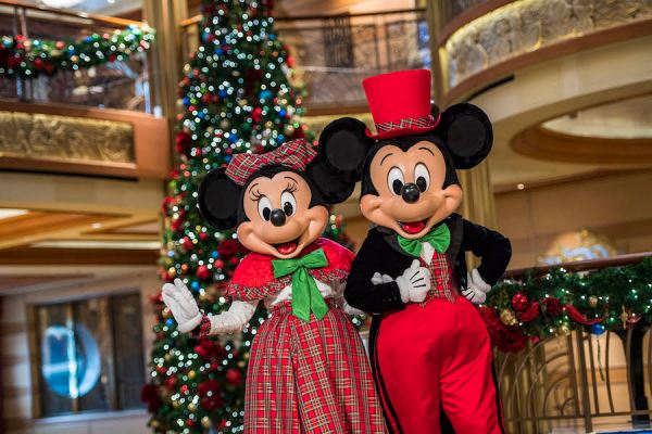 Christmas Cruises 2019.Top 5 Things To Do While On A 2019 Disney Cruise