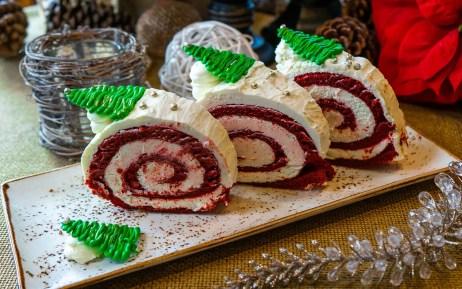 New Holiday treats at Universal Orlando, Yule Log