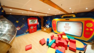 Experience the Disney Cruise Line Through the Eyes of a Child 2