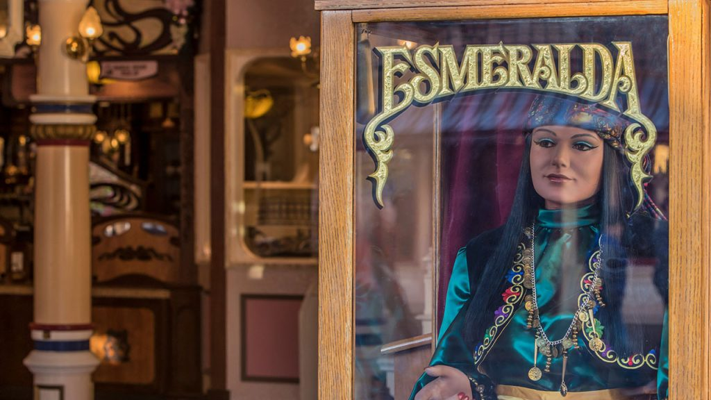 New Disneyland Fortune Telling Experience on Play Disney Parks App