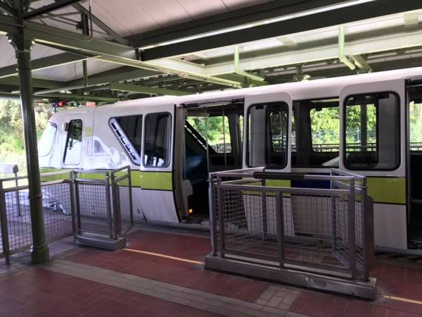 Lime Monorail Gets Face-lift a Sleek New Paint Job