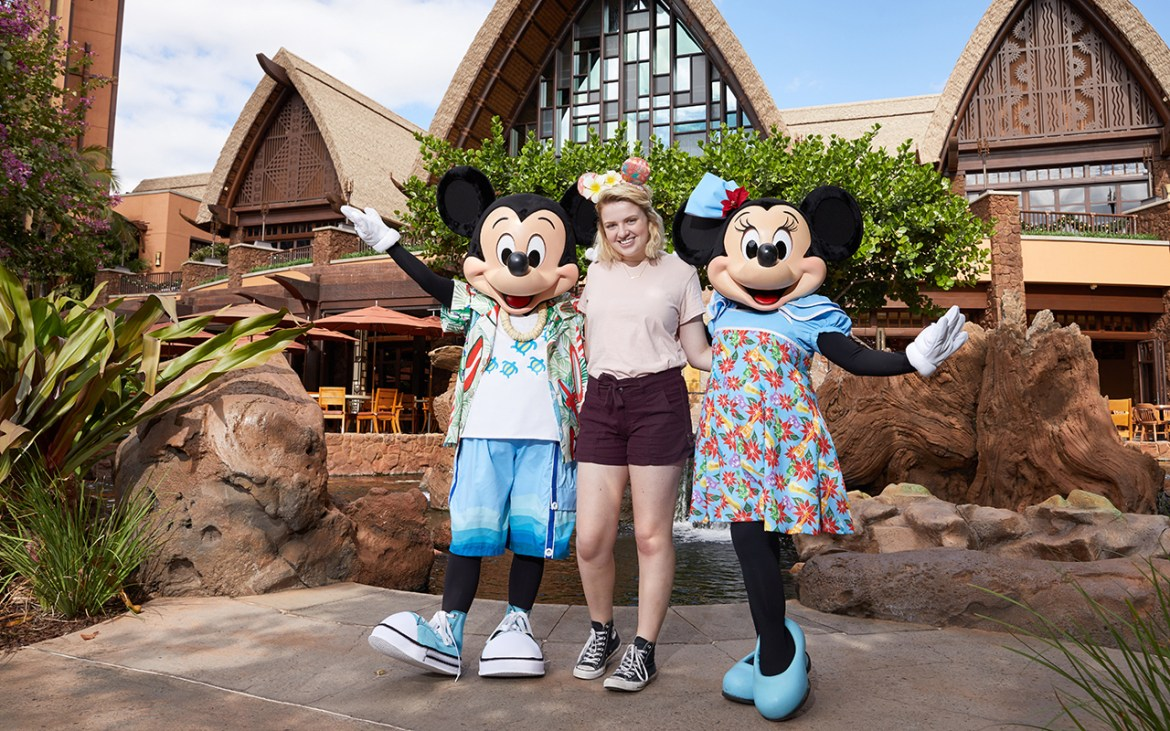 American Idol Winner Maddie Poppe spotted at Aulani Resort