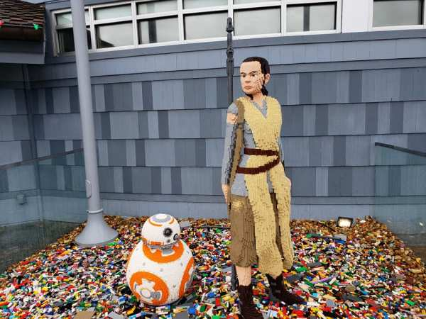 Rey and BB-8 Lego