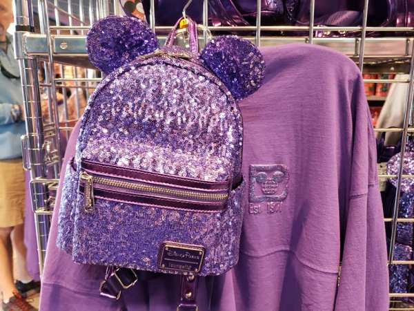 Review: VIP Annual Passholder Purple Potion Merchandise Event 1
