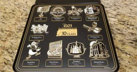 D23 Celebrates 10-Year Anniversary with Gold Member Giftset 1
