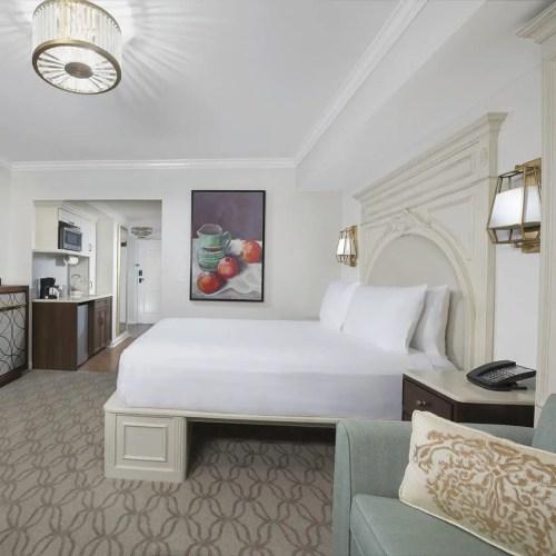 Riviera Resort Win
