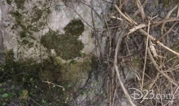 hidden mickey mary poppins