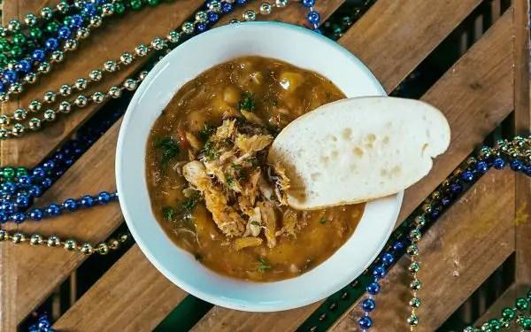Universal Orlando Unveils This Years Mardi Gras Cajun Cuisine 1