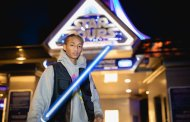Jaden Smith Feels the Force at Disneyland Paris!