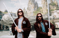 Tom Brady And Julian Edelman Dropped By Hollywood Studios For Photo Op At The Millennium Falcon Wall