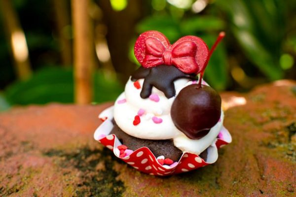 "Sweet ""Love"" Treats at Walt Disney World for Valentine's Day"