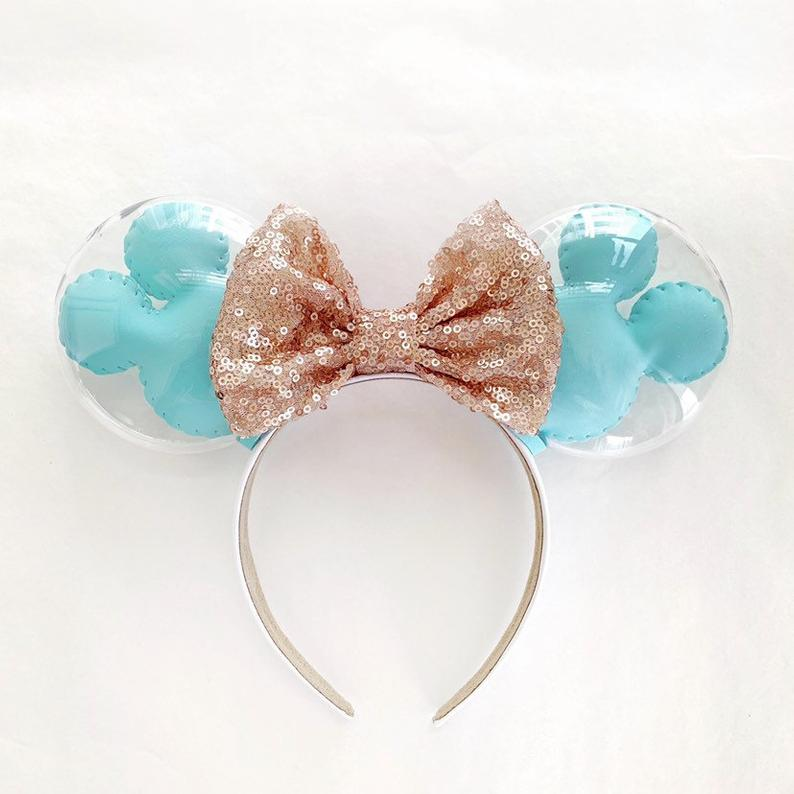 These Mickey Balloon Minnie Ears Are A Must Have Accessory