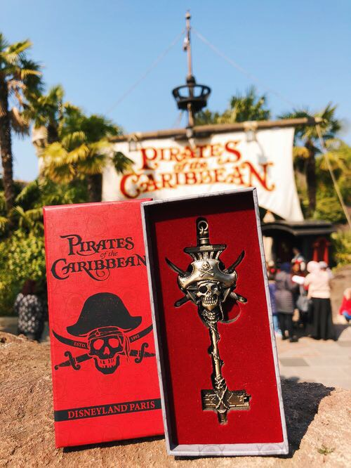 Pirates of the Caribbean Collectors Key!