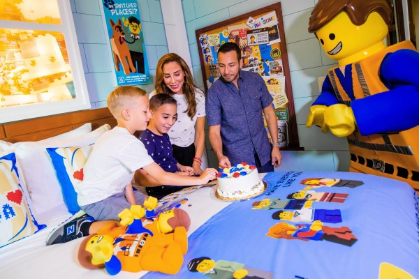 Backstreet Boys' Howie Dorough First to Stay in THE LEGO MOVIE Themed Rooms at LEGOLAND Florida Resort 1