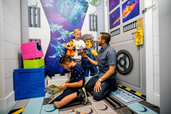 Backstreet Boys' Howie Dorough First to Stay in THE LEGO MOVIE Themed Rooms at LEGOLAND Florida Resort 5