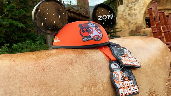 Star Wars Rival Run Merchandise Will Have You Running With The Force 11