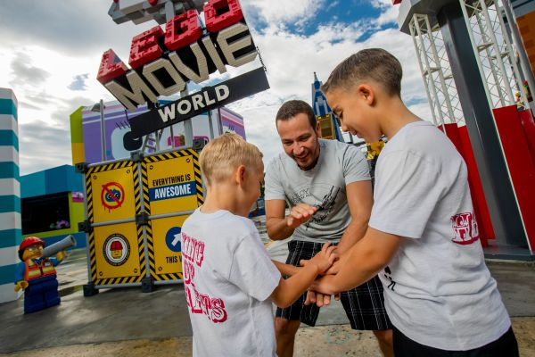 Backstreet Boys' Howie Dorough First to Stay in THE LEGO MOVIE Themed Rooms at LEGOLAND Florida Resort 4