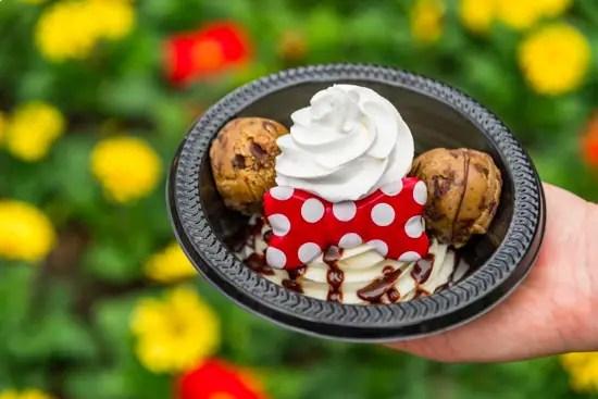 Minnie's Cookie Dough Sundae at Storybook Treats!