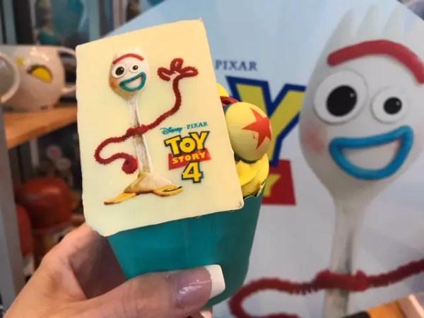New Forky Cupcake at Disney's All-Star Movies Resort