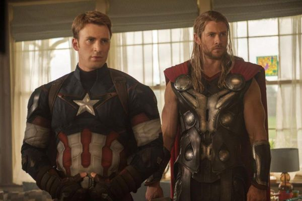 Chris Evans Wants To Star Alongside Chris Hemsworth In A Buddy Comedy 1