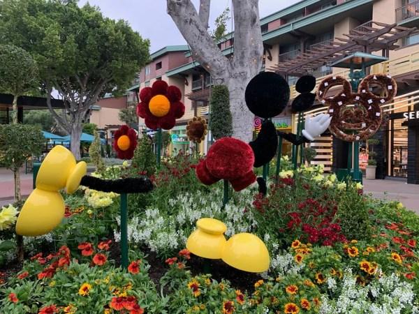 New Disney Snack Topiaries in Downtown Disney
