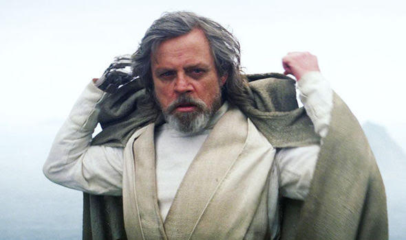 Mark Hamill Wishes To Retire From Role As Luke Skywalker After Star Wars: Episode IX 2