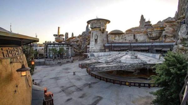 Star Wars Galaxy's Edge Passholder Preview Registration Information 1