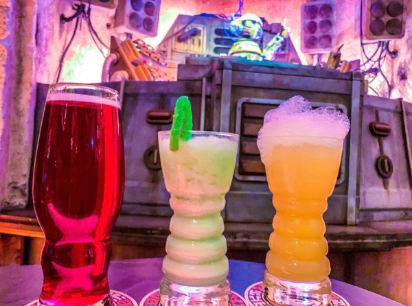 Mobile Reservations Available For Oga's Cantina And Savi's Workshop