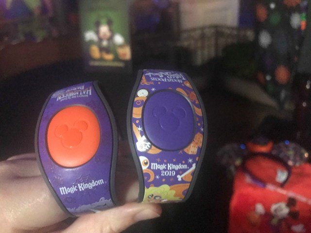 The Halloween Party Merchandise Is Full of Magic And Hocus Pocus 7
