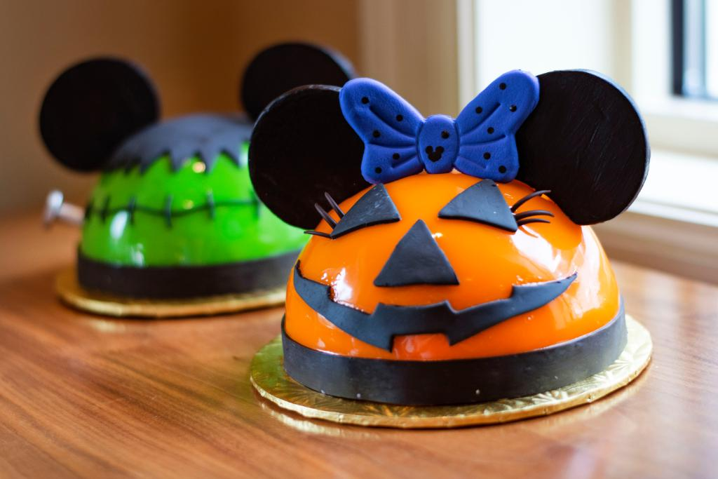 New Halloween Sweets At Amorette's Patisserie