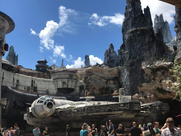 First Look at Star Wars Galaxy's Edge in Hollywood Studios 1