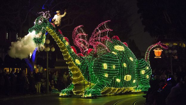 See the Replay of the 'Main Street Electrical Parade' from Disneyland