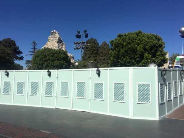 Rock Removal For Disneyland's Tomorrowland Entrance