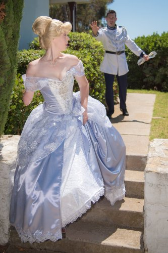 Woman Recreates the Cinderella Story Using a Glass Arm and the Photos are Magical 2